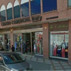 Centro Comercial Bury en Bogotá
