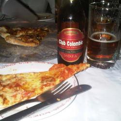 Archies Pizza Floresta en Bogotá