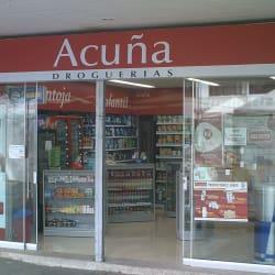 Droguerías Acuña Chicó   en Bogotá