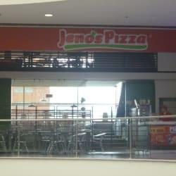 Jeno's Pizza Gran Estación en Bogotá