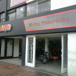 UM Motos Carrera 24 con 72 en Bogotá