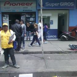 Super Giros Calle 9 con 38 en Bogotá