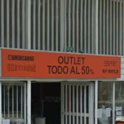 Outlet Todo al 50% Calle 18  en Bogotá
