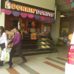Dunkin' Donuts Carrera 14 con 68 en Bogotá