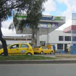 Estación de Servicio Gazel Garrollantas en Bogotá