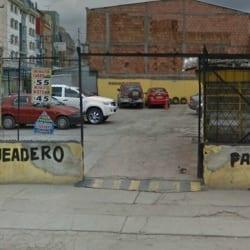 Parqueadero Carrera 69B en Bogotá