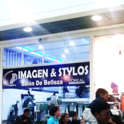 Salón de Belleza Imagen & Stilos Plaza Imperial en Bogotá