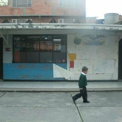 Colegio Distrital Darío Echandía Calle 5A Sur en Bogotá