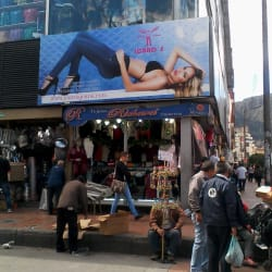 Icaros Jeans El Gran San  en Bogotá