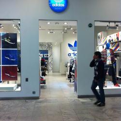 Adidas Originals - Parque Arauco en Santiago