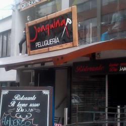 Joaquina Peluquería Bar en Bogotá