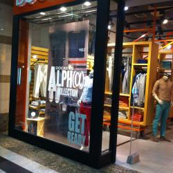 Dockers - Mall Alto Las Condes en Santiago