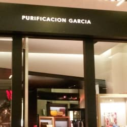 Purificación García - Mall Costanera Center en Santiago