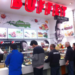 Buffet Express Parque Arauco en Santiago