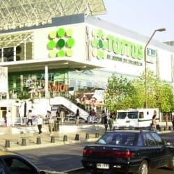 Supermercado Tottus - Kennedy en Santiago