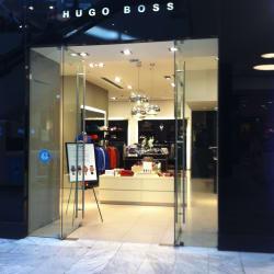 Hugo Boss - Mall Parque Arauco en Santiago