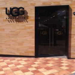 UGG Australia - Mall Parque Arauco en Santiago