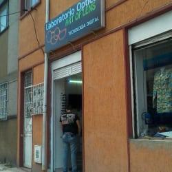 Laboratorío Óptico Art Of Lens en Bogotá