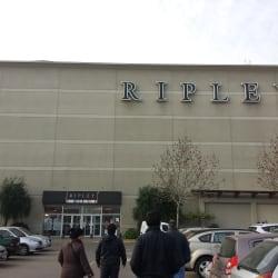 Ripley - Mall Plaza Oeste en Santiago