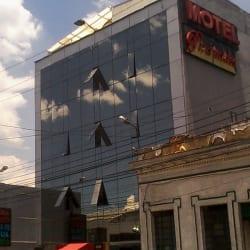 Motel las Piramides del Cristal en Bogotá
