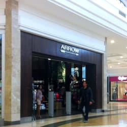 Arrow - Mall Plaza Vespucio en Santiago