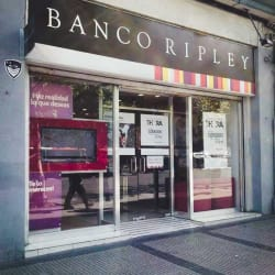 Banco Ripley Estación Central en Santiago