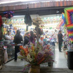 Todo a Mil y a Dosmil en Bogotá