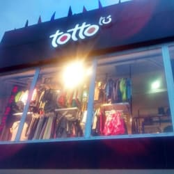 Totto Calle 10 Con 60 en Bogotá