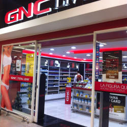 GNC Costanera Center en Santiago
