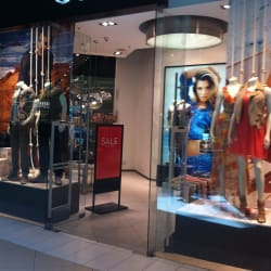 Guess - Costanera Center en Santiago