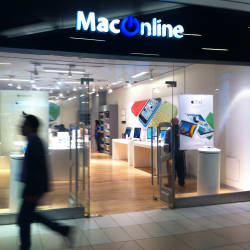 MacOnline - Costanera Center en Santiago