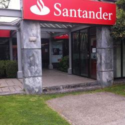 Banco Santander Los Castaños en Santiago