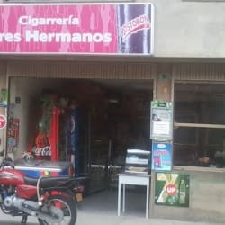 Cigarrería Tres Hermanos en Bogotá