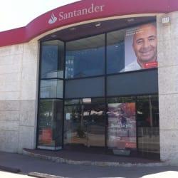 Banco Santander Los Cobres de Vitacura en Santiago