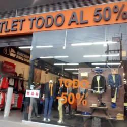 Outlet Todo al 50% Carrera 60 con 12 en Bogotá