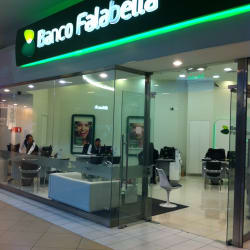 Banco Falabella Costanera Center en Santiago