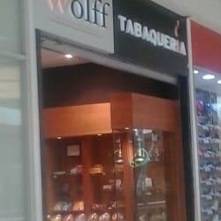 Tabaquería Wolff - Plaza Oeste en Santiago