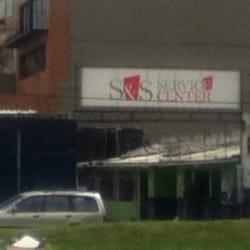 S & S Service Center en Bogotá