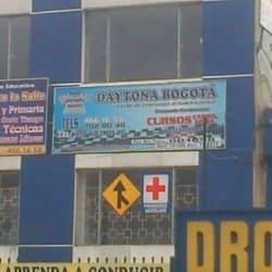 Enseñanza Automovilística Daytona en Bogotá
