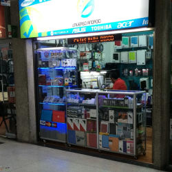 Universo Android Centro de Alta Tecnología en Bogotá