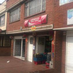 Supermercado Frutas y Verduras Carrera 70F en Bogotá
