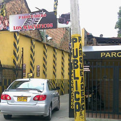 Parqueadero Los Magnificos en Bogotá