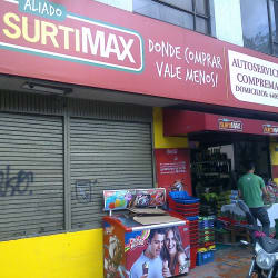 Autoservicio Compremax en Bogotá
