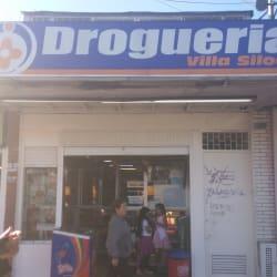 Droguería Villa Siloe en Bogotá