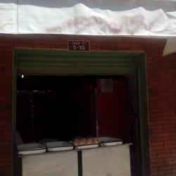 Distribuidora de Gallina Grande y Colorada Alcicar en Bogotá