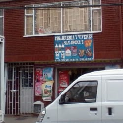 Cigarrería y Víveres San Jhoma's en Bogotá