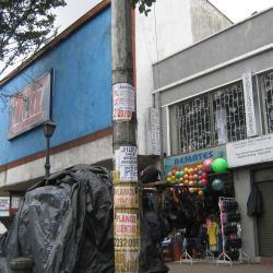 Almacenes Tía 7 de Agosto en Bogotá