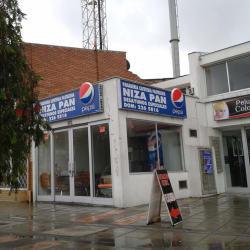 Panadería Cafetería Pastelería Niza Pan en Bogotá