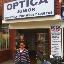 Óptica Junior Carrera 19 con 147 en Bogotá