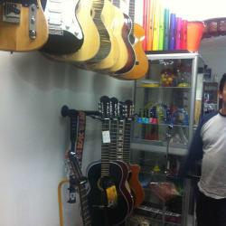L J Musical Ltda  en Bogotá